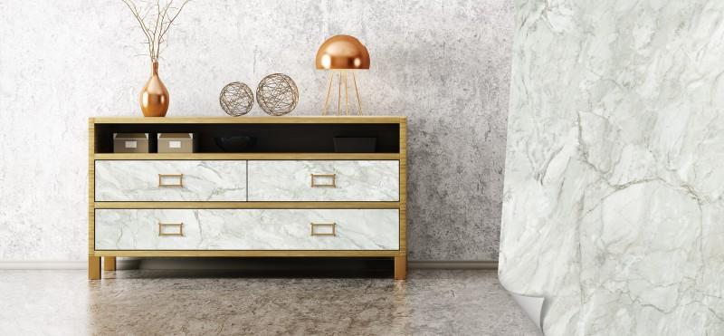 Möbelfolie mit der Optik luxoriösem Marmors | jetzt bestellen ...