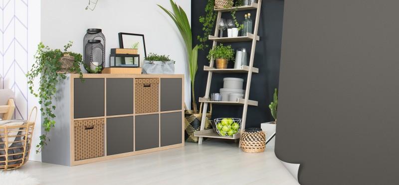 Möbelfolie Dunkelgrau – vermischt den den Landhausstil mit der Moderne | jetzt bestellen...