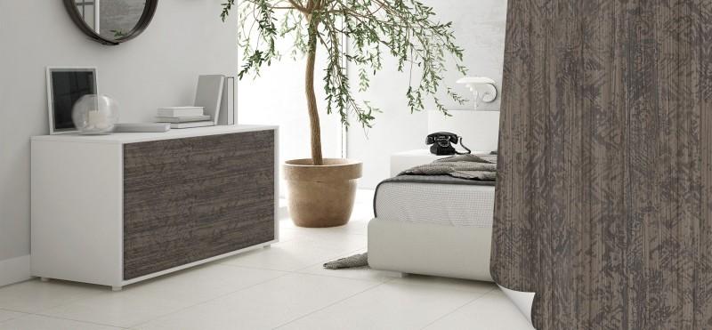 Möbelfolie mit modernem dunklem Holz Look | jetzt bestellen...